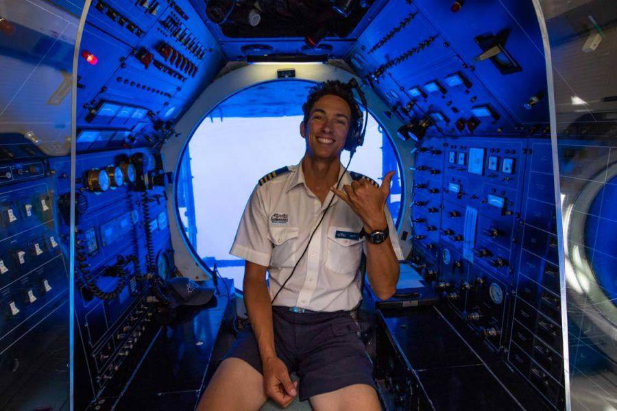 Atlantis Submarine Maui 024930