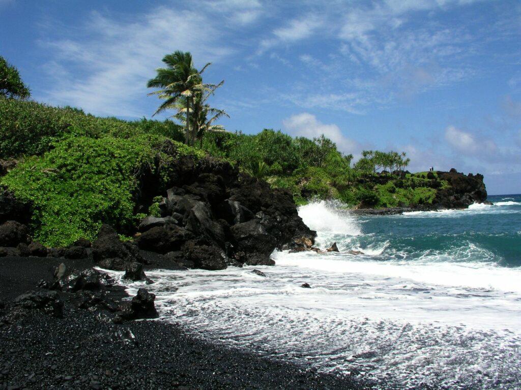 Black sand beach waianapanapa letsgotomaui 1024x768 - Black Sand Beach Maui: Waiʻānapanapa State Park is Maui's Black Diamond in the Rough