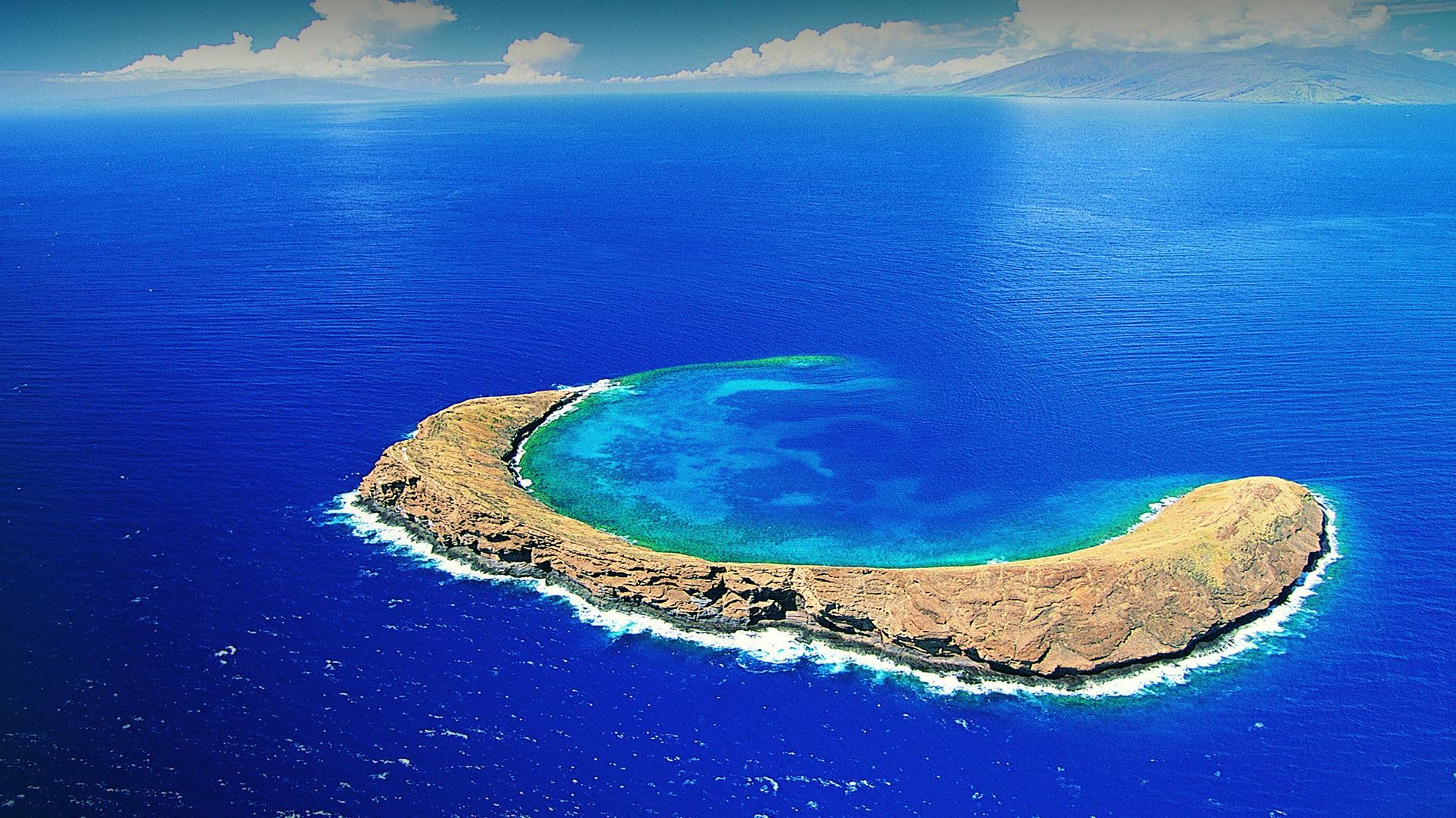 Molokini Crater Maui 002