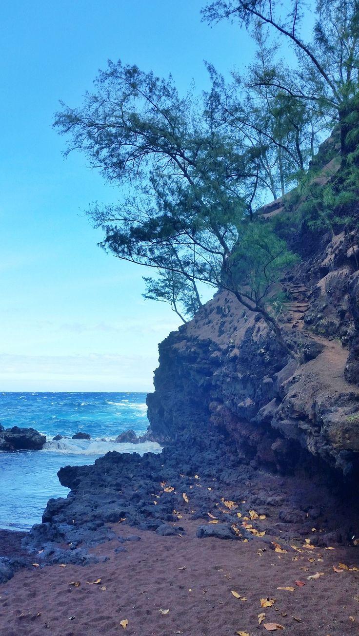 Red Sand Beach Maui 072